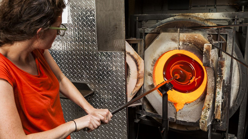 Seattle Glassblowing Studio classes - Father's Day Ideas