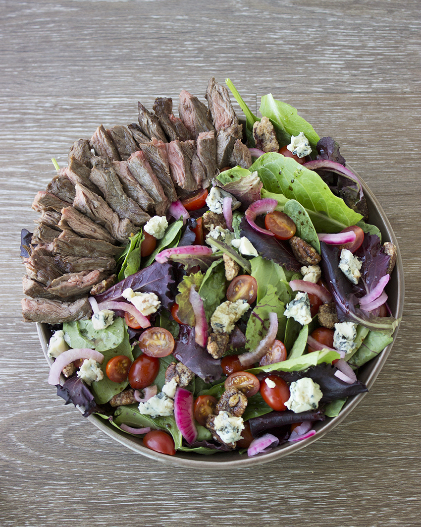 Steak Salad with Blue Cheese and Pickled Red Onion 4