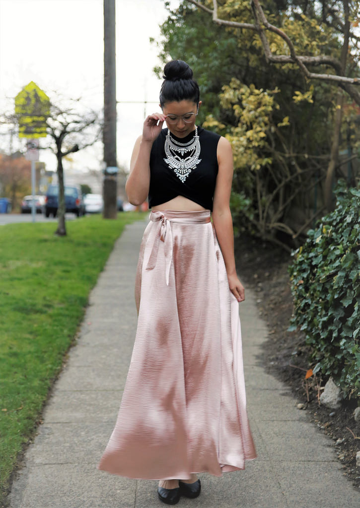 Holiday Party Outfit   The Demure Muse - It Girl Holiday Outfit Inspiration