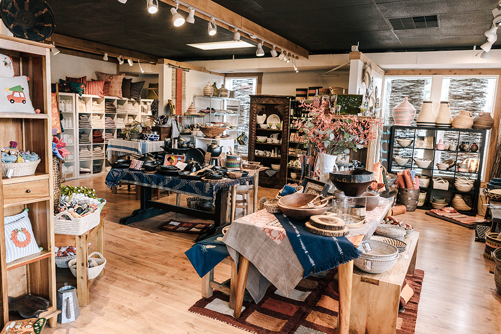 Giraffe Boutique on Vashon Island photo by Danny Owens - Vashon Island Travel Guide | Style and Cheek