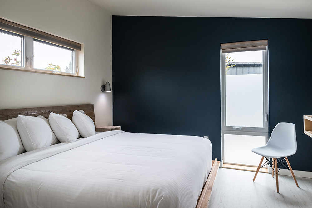 The Lodges on Vashon bedroom - The Lodges on Vashon review