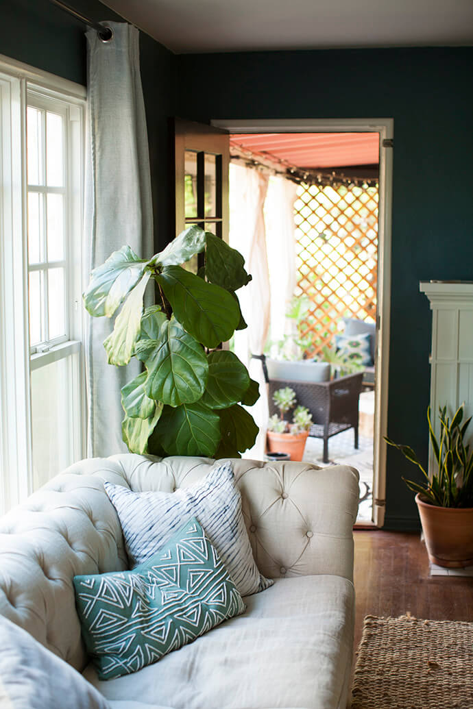 Touring Shavonda Gardner's Eclectic Home | Glitter Guide - Pinterest Picks - Chesterfield Sofa Inspiration