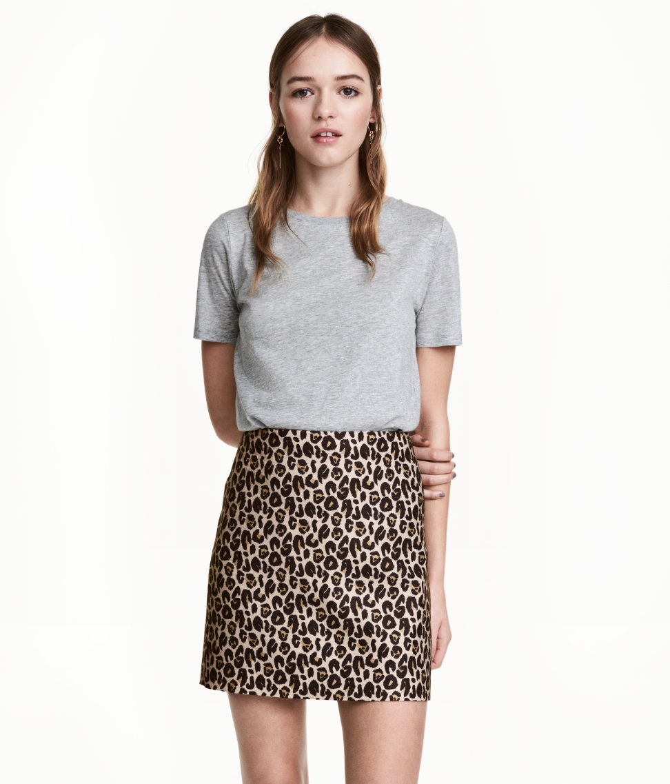 H&M Mini Skirt in Leopard Print - The Perfect A-line Mini Skirt