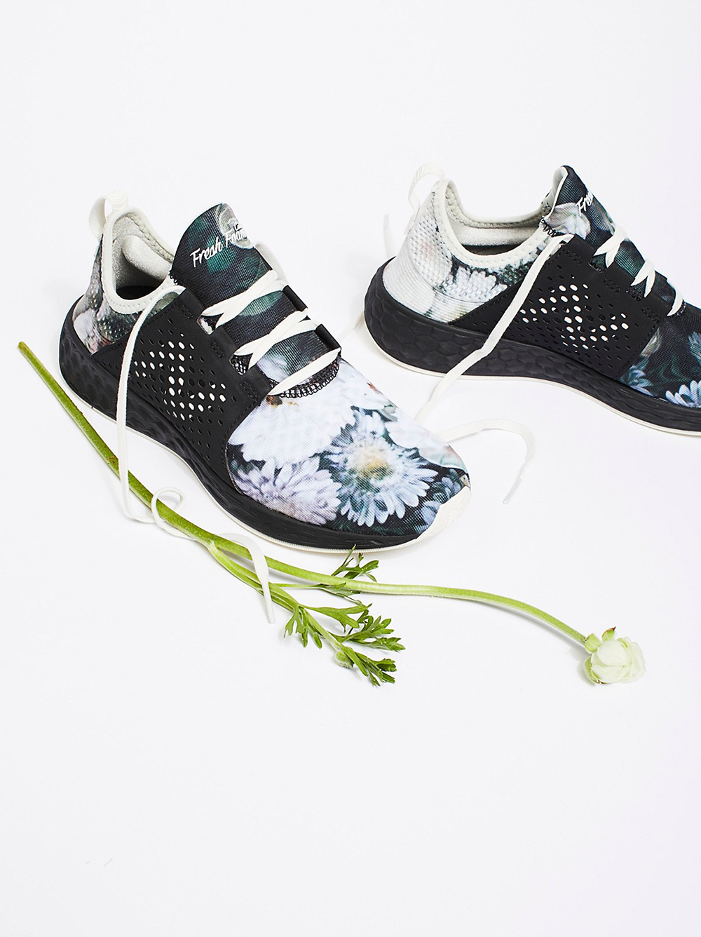 New Balance Fresh Foam Floral Trainer - Statement shoes