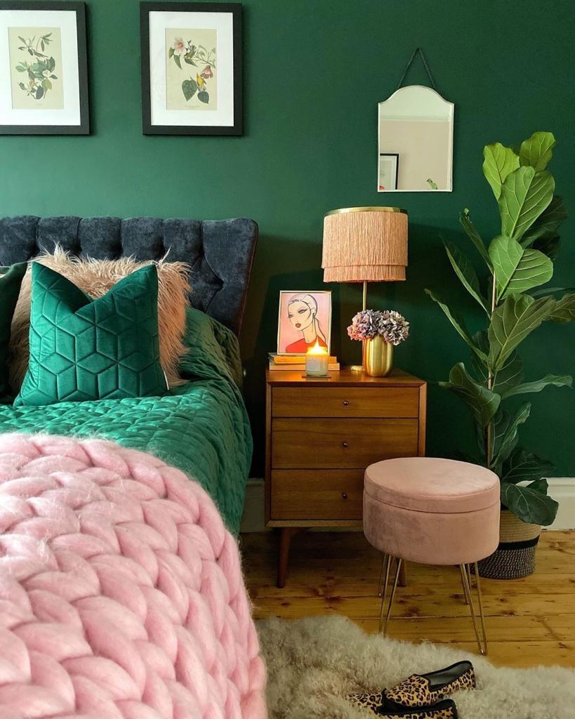 Green and Pink Bedroom | harrison_nate_and_me | Pinterest Picks - Green Bedroom Inspiration
