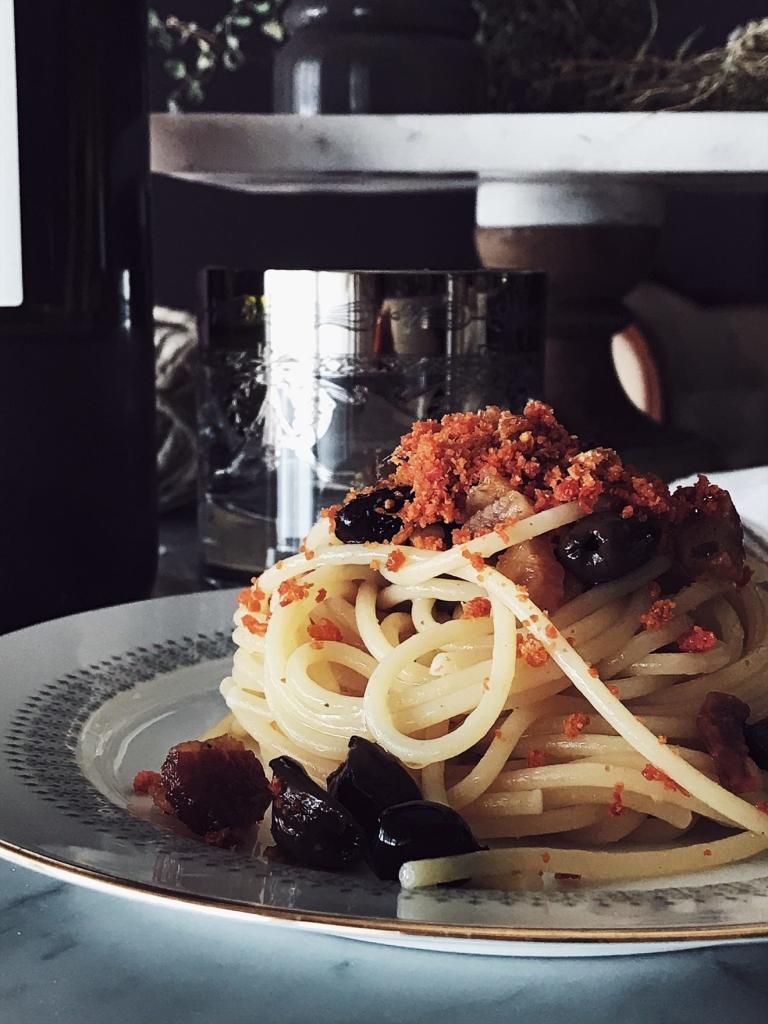 Pancetta & Tomato Breadcrumbs Pasta | Gourmet Project